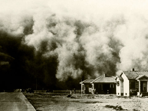 "A ""great roller"" moves across Colorado during the Dust Bowl"
